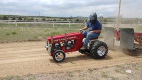 Lulu's Farm Tractor Pull
